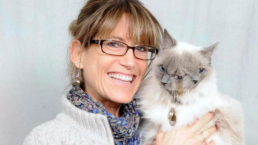 Фрэнк и Луи (кот с патологией, который прожил 15 лет и умер в 2014 году)