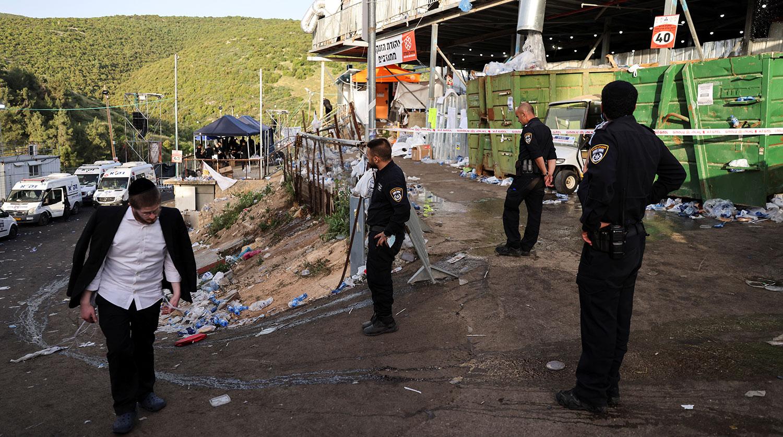 Последствия обрушения трибун во время еврейского религиозного праздника Лаг ба-Омер на горе Мерон...