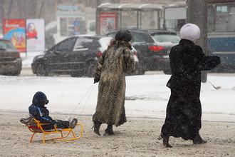 Мокрый снег и большие скачки атмосферного давления прогнозируют метеорологи в ближайшую неделю