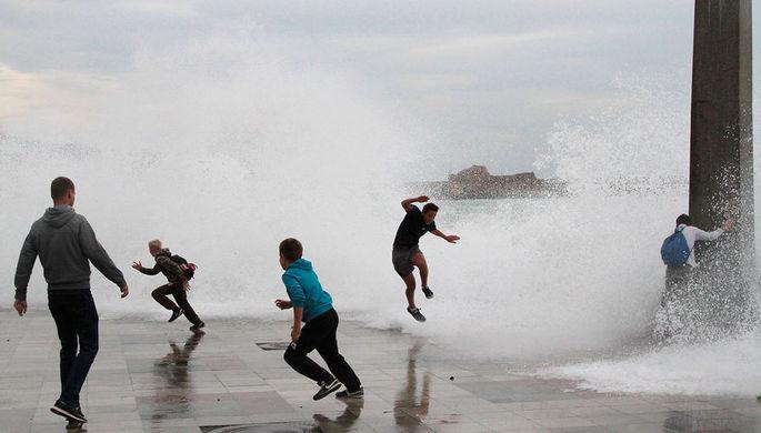 Роковой шторм: шесть человек утонули в Крыму