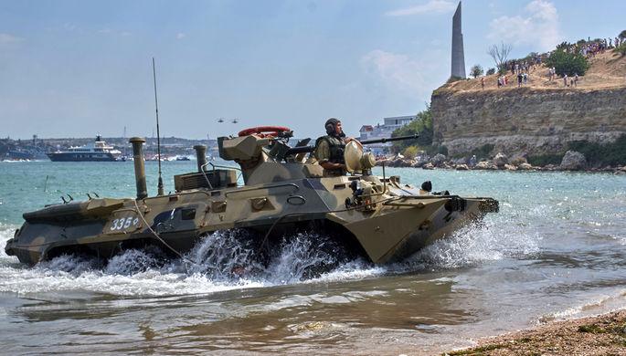 БТР-82А на параде в честь Дня Военно-морского флота в Севастополе, 26 июля 2020 года