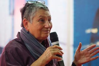 Писательница Людмила Улицкая на открытии книжной выставки-ярмарки на ВДНХ в Москве, 2016 год