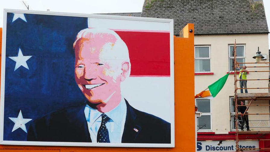 Изображение Джо Байдена в городе Баллина, Ирландия