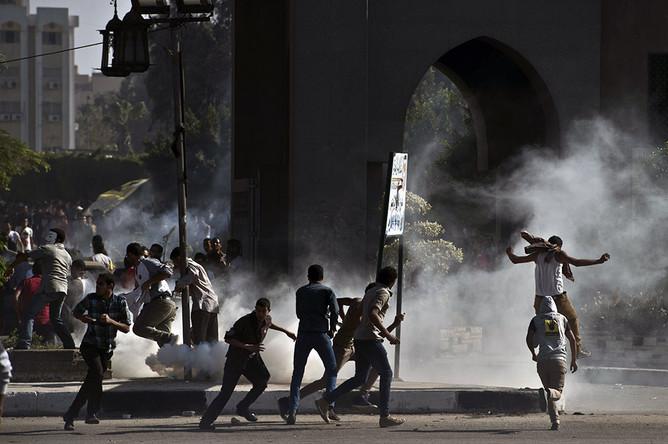 Студенты старейшего каирского духовного университета «Аль-Азхар» уже несколько дней продолжают забастовки