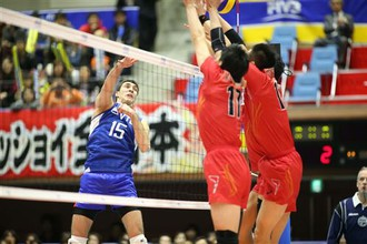 Сборная России переиграла японцев в трех сетах