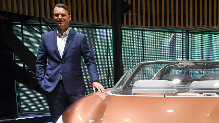 Вице-президент по корпоративному дизайну Renault Лоренс ван ден Акер