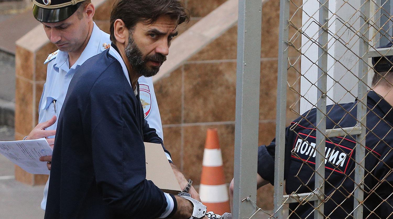 Экс-министр Открытого правительства РФ Михаил Абызов перед рассмотрением ходатайства о продлении срока содержания под стражей до 25 июля 2019 года в Басманном суде