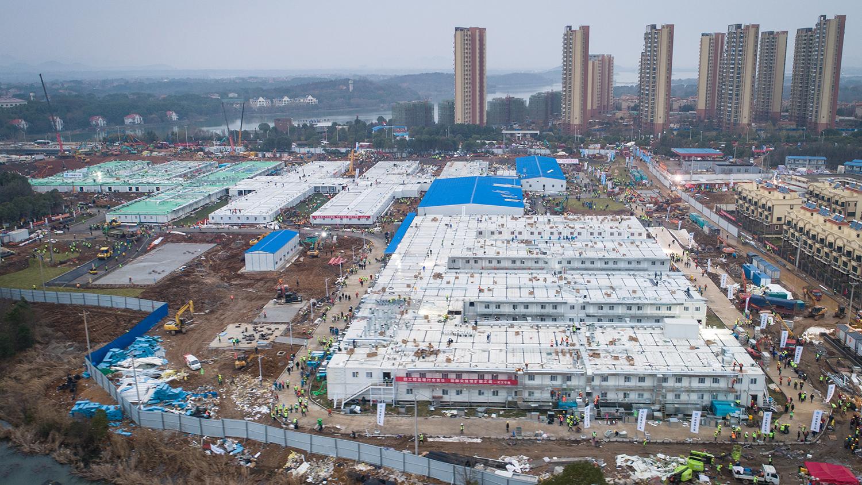 Вид с воздуха на строительство госпиталя в Ухане, 2 февраля 2020 года