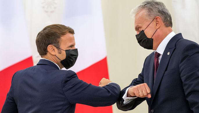 Президент Франции Эммануэль Макрон и президент Литвы Гитанас Науседа
