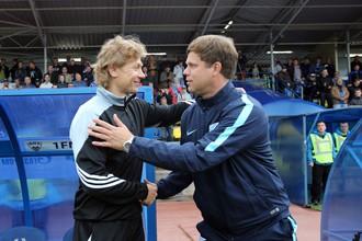 Валерий Карпин (слева) имеет хорошие отношения с наставником «Зенита-2» Владиславом Радимовым