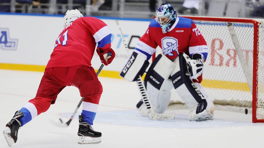 Фетисов рассказал об игре в хоккей с Путиным