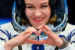 Актриса Юлия Пересильд во время облачения передстартом космического корабля «Союз МС-19» накосмодроме Байконур, 5октября 2021года