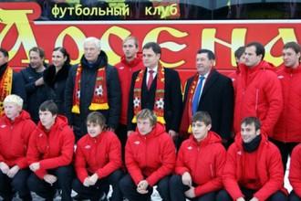 Футболисты «Арсенала» вместе с Борисом Грызловым и Дмитрием Аленичевым