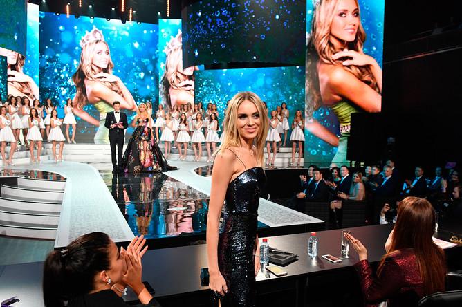 Победительница конкурса «Мисс Россия – 2007», член жюри конкурса Ксения Сухинова перед началом финала конкурса «Мисс Россия – 2017»