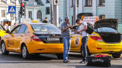 Как запрет работать для водителей с иностранными правами повлиял на сферу такси