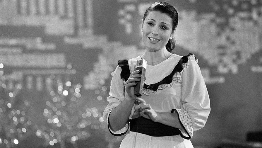 Валентина Толкунова, 1982 год
