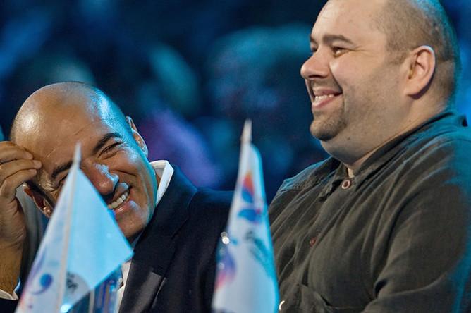 Продюсеры Игорь Крутой и Максим Фадеев (слева направо), члены жюри финала российского Национального отбора на конкурс песни «Евровидение-2009»