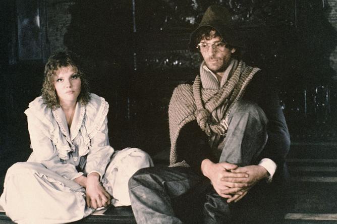 Александра Захарова в роли Эльзы и Александр Абдулов в роли Ланселота на съемках фильма Марк Захарова «Убить дракона», 1988 год
