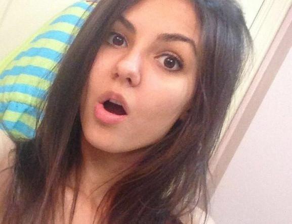 Американская актриса, модель, певица и танцовщица Виктория Джастис, 21 год