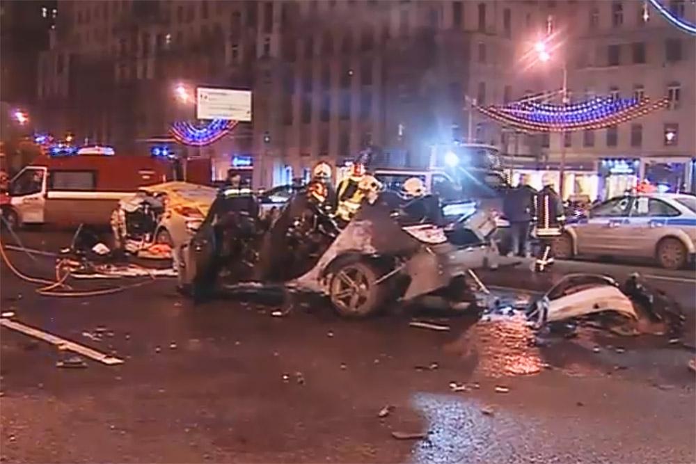 Москва автосалон авария автосалоны москвы сравнение цен