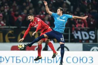 Матчи «Зенита» со «Спартаком» всегда проходят в упорной борьбе