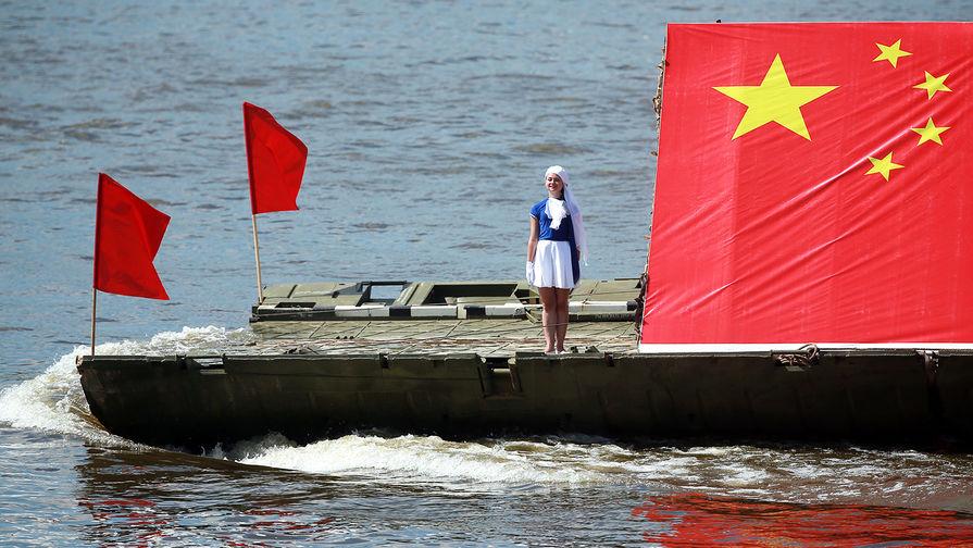 Китайское судно во время соревнований в рамках Армейских международных игр, 2016 год