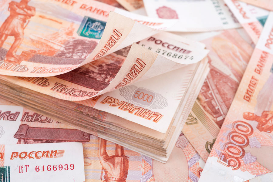 Названо число СЂРѕСЃСЃРёСЏРЅ, зарабатывающих более миллиона рублей РІРјРµСЃСЏС†