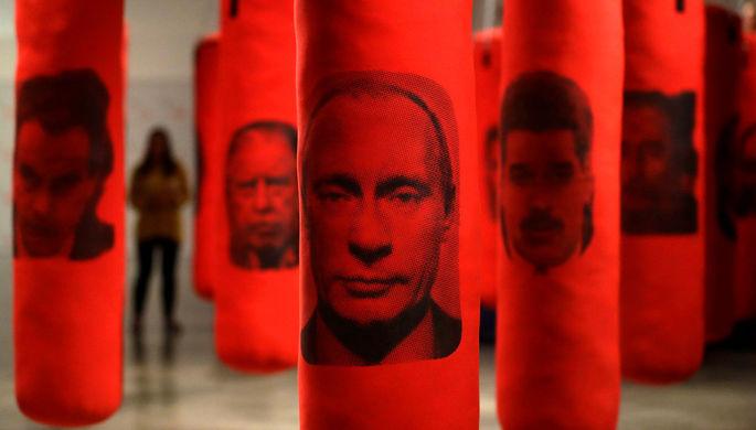 «Великий лидер»: почему Трамп заискивал перед Путиным