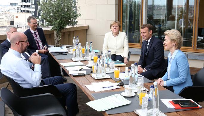 Пирог не режется: кто мешает Евросоюзу принять «план спасения»