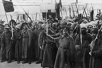С февраля по октябрь 1917 года было пять правительственных кризисов