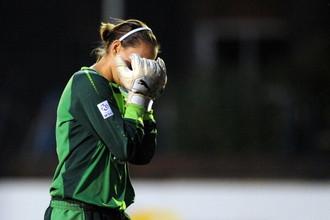 Второй вратарь женской команды «Эвертона» Даниель Хилл попала под горячую руку