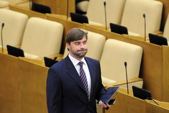 «Единая Россия» подготовила заявление о недопустимости злоупотребления СМИ правом на свободу слова и вспомнила о кодексе журналистской этики