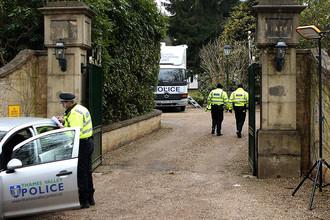 Полиция у дома Бориса Березовского в графстве Беркшир