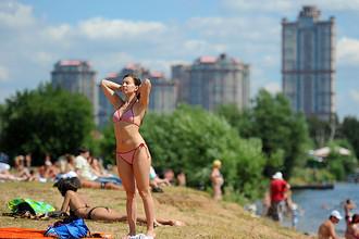 К Москве подходит 33-градусная жара