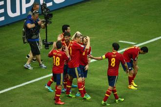 Испания выиграла все три матча в группе