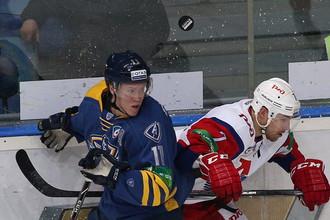 «Атлант» и «Локомотив» потеряли шайбу из виду