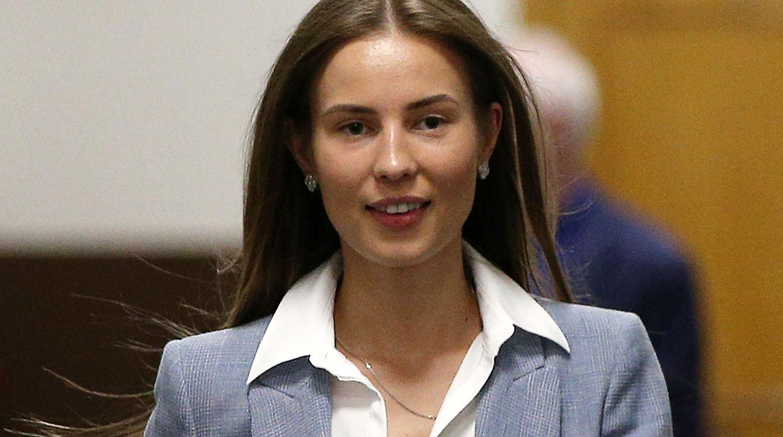 Супруга экс-министра Открытого правительства РФ М.Абызова Валентина Григорьева в Басманном суде, 23 мая 2019 года