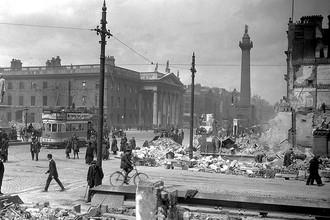Улица О'Коннела и здание Главпочтамта в мае 1916 года