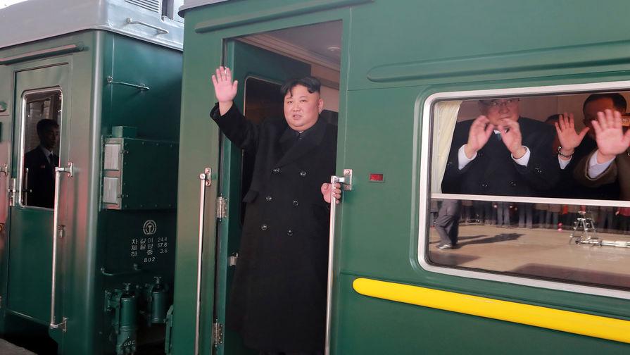 В КНДР рассказали о визите Ким Чен Ына в Ханой