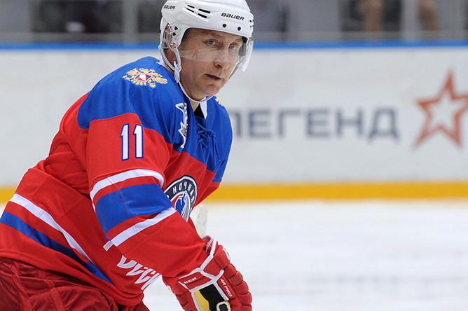 Владимир Путин на гала-матче турнира Ночной хоккейной лиги между командами «Звезды НХЛ» и «Сборная НХЛ» в ледовом дворце «Большой» в Сочи
