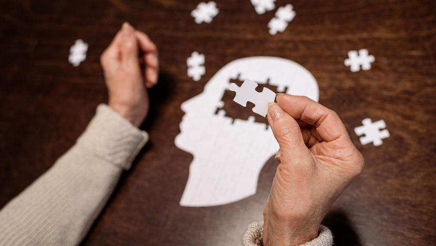 Поражает мозг: как герпес провоцирует деменцию