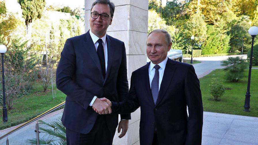 Президент России Владимир Путин и президент Сербии Александр Вучич во время встречи, 4 декабря 2019 года