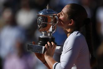 Латвийская теннисистка Остапенко выиграла «Ролан Гаррос»