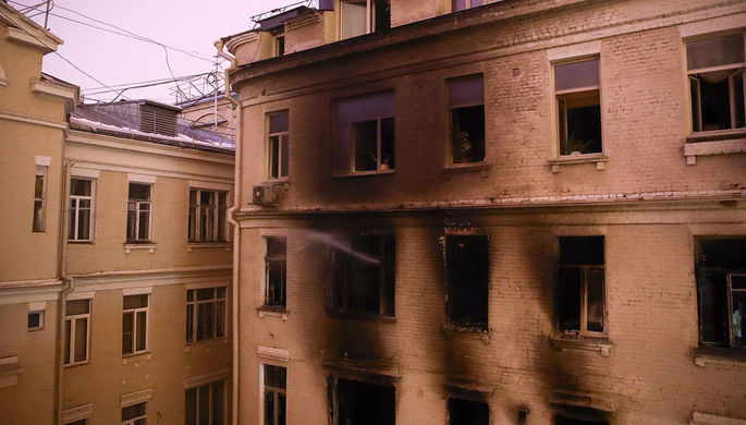 Пожар в «звездном» доме: число погибших растет