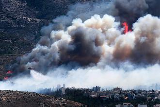 Тушение лесных пожаров на горе Имиттос около Афин