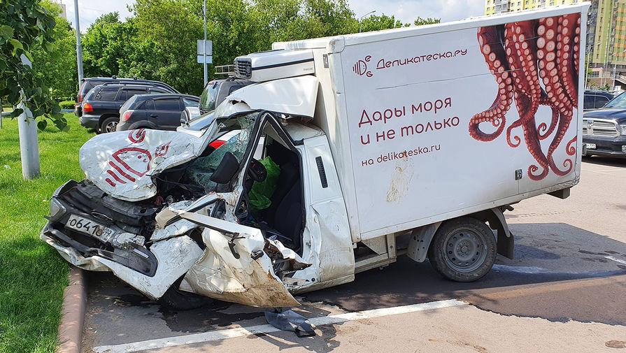 Фургоны Lada из-за ДТП с Ефремовым проверит Росстандарт