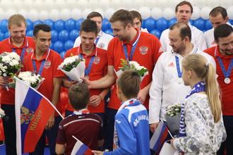 Сборная России по мини-футболу на торжественной встрече в аэропорту Шереметьево
