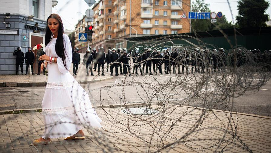 Во время протестов в Минске, 30 августа 2020 года