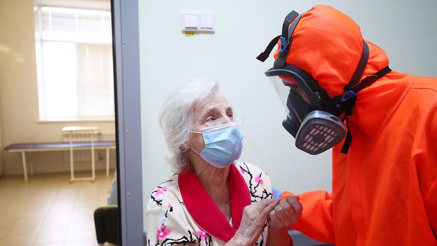 В Роспотребнадзоре рассказали, как снизить вероятность мутаций коронавируса