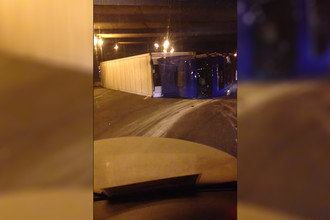 Скриншот из видео с места аварии на МКАД